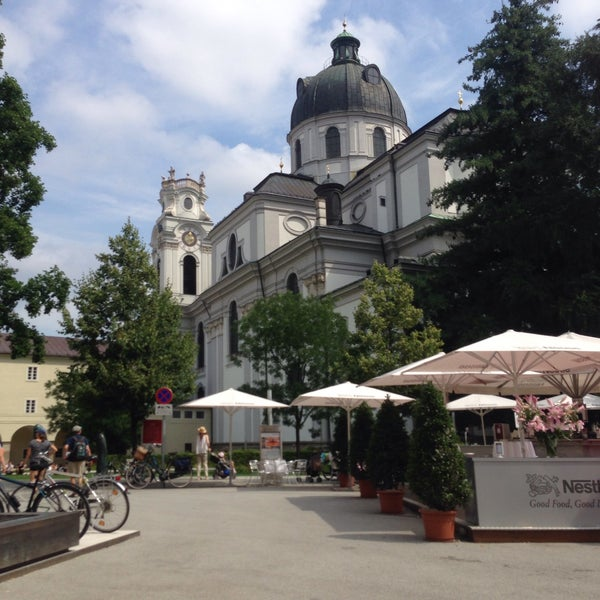 Where's Good? Holiday and vacation recommendations for Salzburg, Austria. What's good to see, when's good to go and how's best to get there.