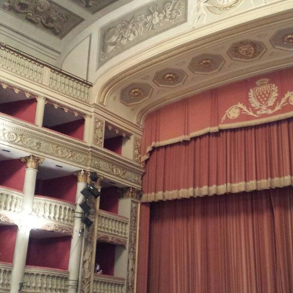 Das Foto wurde bei Teatro Metastasio von Eleonora P. am 12/6/2014 aufgenommen