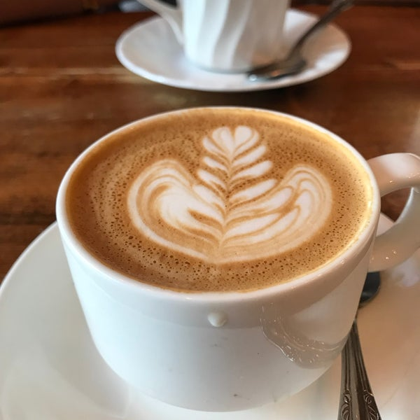 Great espresso. The $7 deconstructed latte is worth doing at least once in your life. Tasty chai latte, too.