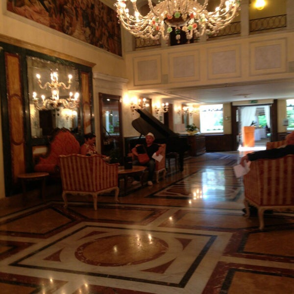 Photo taken at Ca' Sagredo Hotel Venice by Amer A. on 7/29/2015