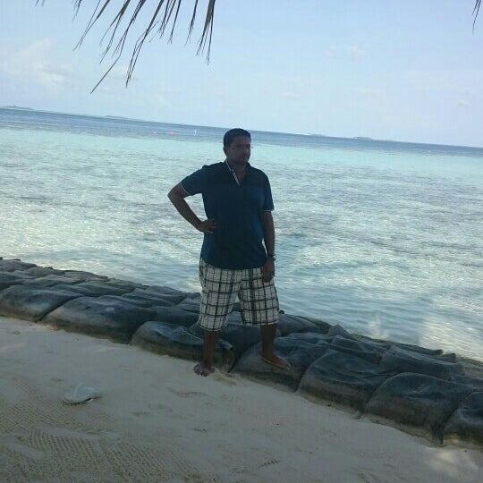 Photo taken at Vilamendhoo Island Resort & Spa by Adel A. on 7/21/2015