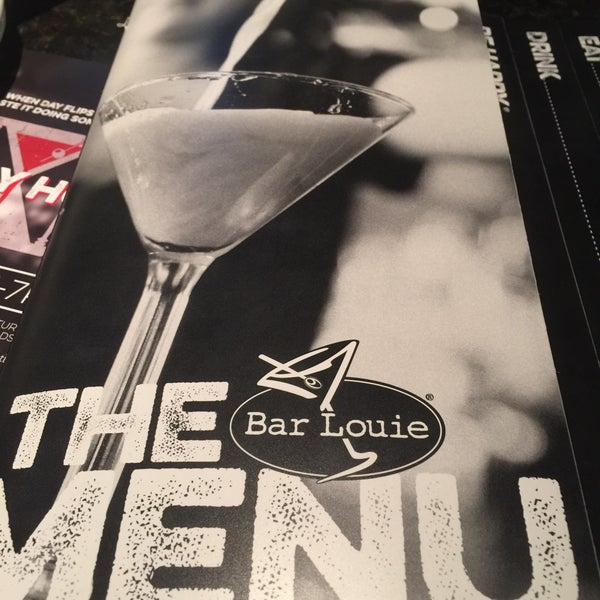 Photo taken at Bar Louie by Phouthasone B. on 6/10/2016