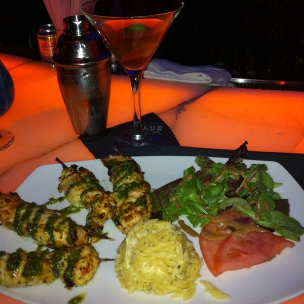 Photo taken at Blue Martini Brickell by Dor L. B. on 6/29/2013
