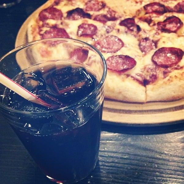 Photo taken at Ronny's Pizza Saburtalo | რონის პიცა საბურთალო by ☀ Sani E. on 3/30/2013
