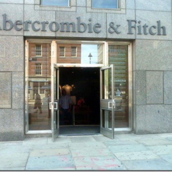 Photo taken at Abercrombie & Fitch by Clive L. on 2/7/2015