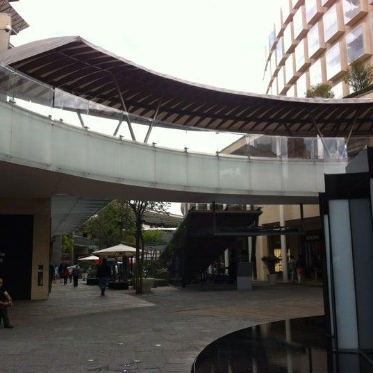 Foto tomada en Antara Fashion Hall por Luis C. el 4/6/2012