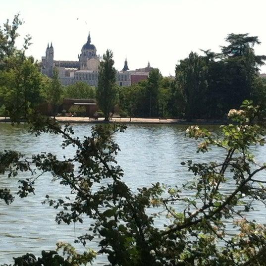 Photo taken at Lago de la Casa de Campo by Leto on 5/15/2012