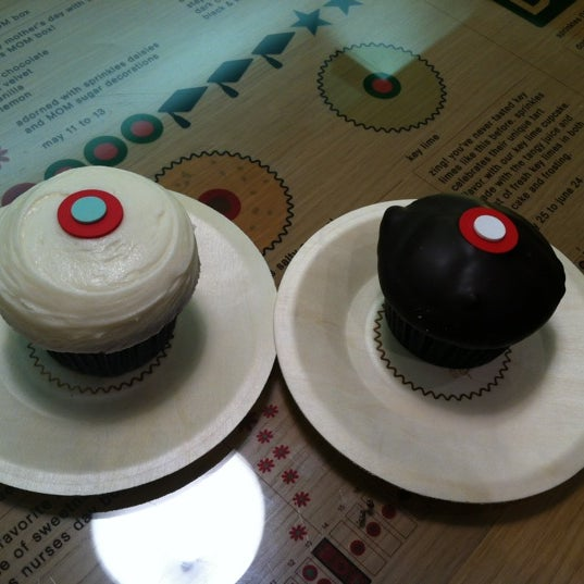 Photo taken at Sprinkles Cupcakes by Christina T. on 4/26/2012