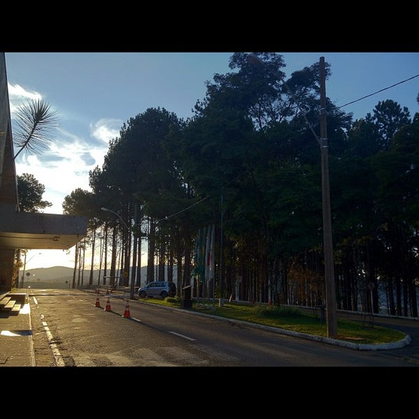 Снимок сделан в PUC Minas пользователем Victor C. 5/31/2012