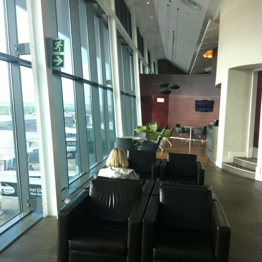 Photo taken at SAA Business Lounge by Paul S. on 5/9/2012