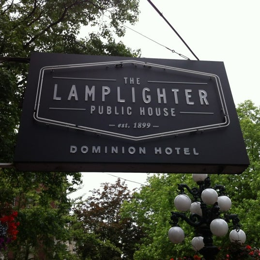 Lamp Liter Bar And Grill: The Lamplighter Public House