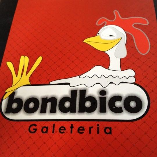 Photo taken at Bondbico Galeteria by Aline C. on 3/17/2012