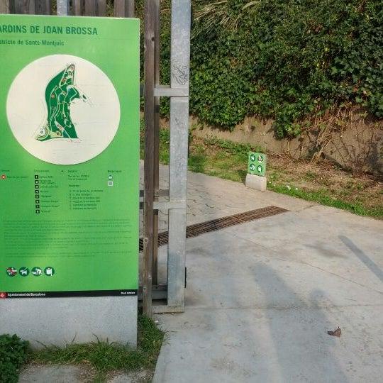 Photo prise au Jardins de Joan Brossa par Smile C. le3/3/2012