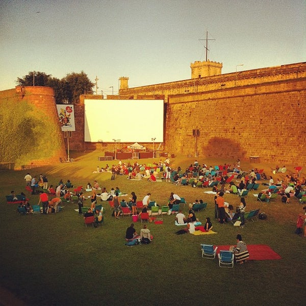 Sala montju c indie movie theater in parc de montju c for Cinema montjuic 2016