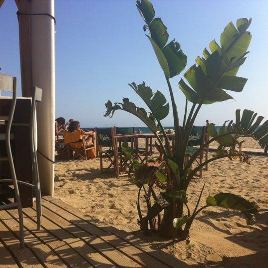 Foto tomada en La Rotonda por La Rotonda Masnou C. el 7/25/2012