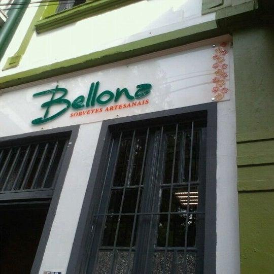 Foto tirada no(a) Bellona Sorvetes Artesanais por Harim T. em 2/5/2012