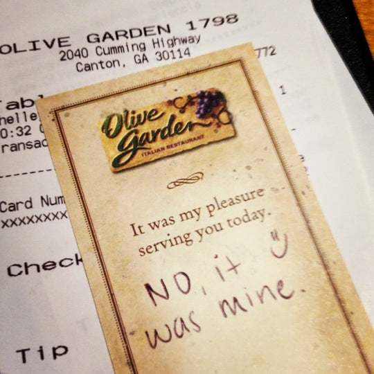 Photo Taken At Olive Garden By Mae E. On 3/26/2012