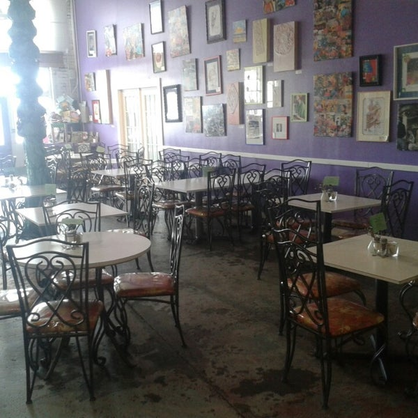 Funky art cafe 4 tips for Funky cafe furniture
