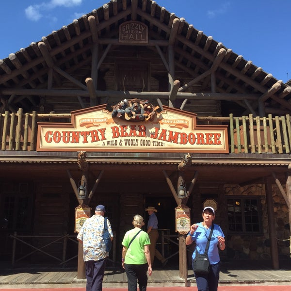 Photo taken at Frontierland by Romina C. on 6/15/2015