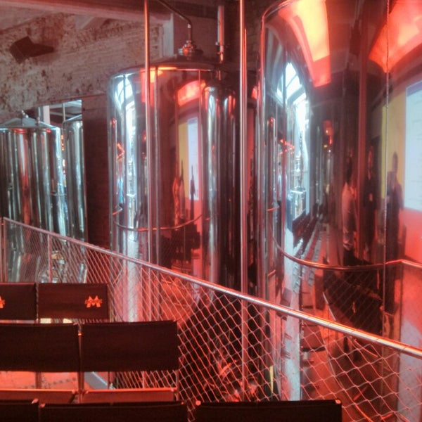 Foto tomada en Fàbrica Moritz Barcelona por Javier C. el 7/2/2013