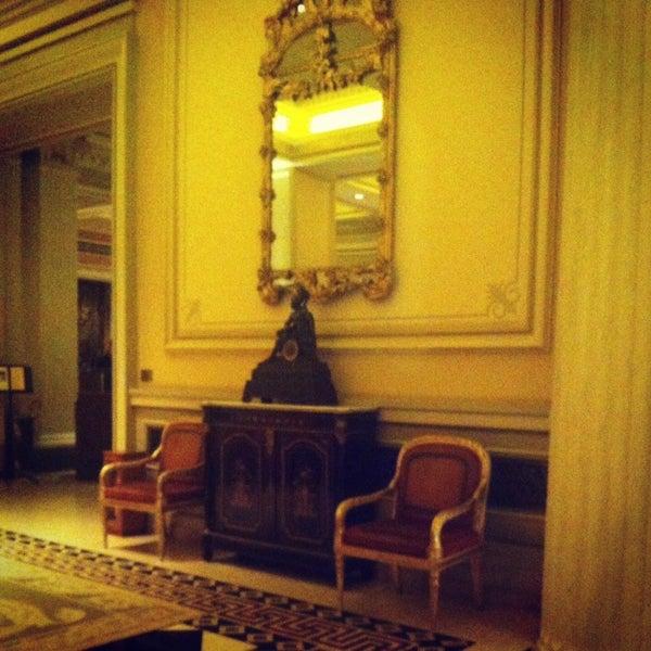 Photo taken at Hotel Grande Bretagne by Braziliana . on 1/25/2014