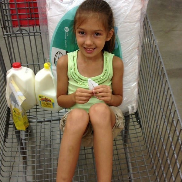Photo taken at BJ's Wholesale Club by Christopher P. on 8/10/2013