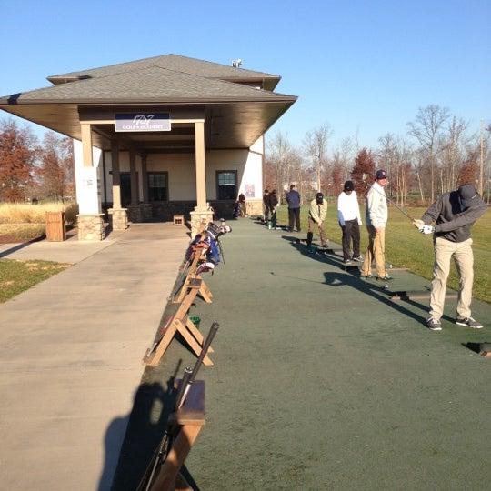 Foto tomada en 1757 Golf Club por Andre W. el 11/22/2012