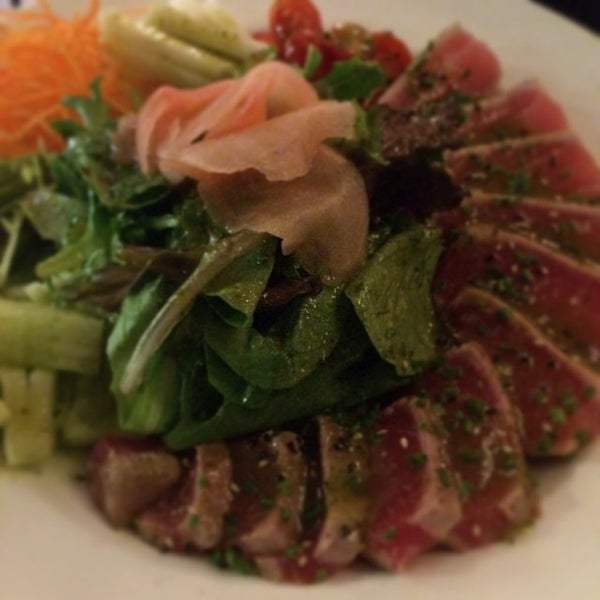 Photo taken at Yumm Thai : Sushi and Beyond by Paul V. on 5/20/2014