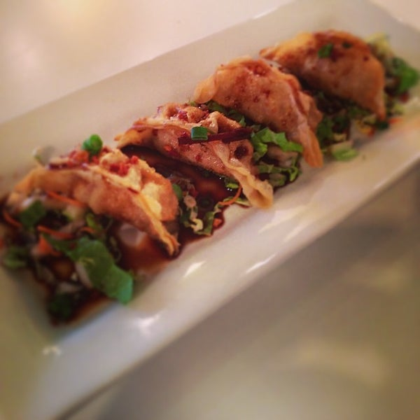 Photo taken at Yumm Thai : Sushi and Beyond by Paul V. on 3/27/2014