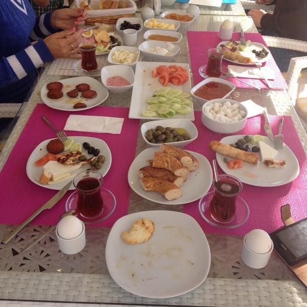 12/28/2014 tarihinde Gulen D.ziyaretçi tarafından Göcek Naz Hotel'de çekilen fotoğraf