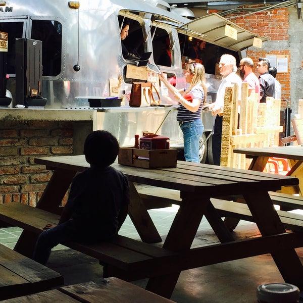 Foto tomada en Pinche Gringo BBQ Patio por Gouramy el 7/30/2015