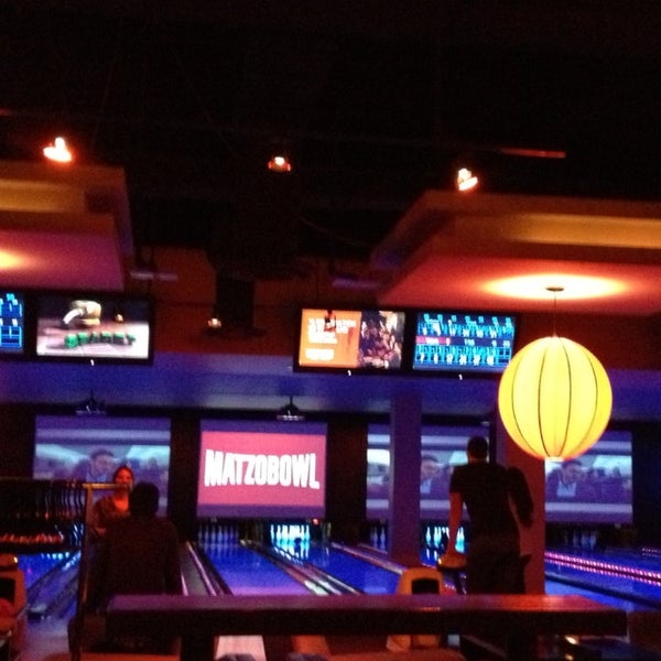 Photo taken at Lucky Strike New York by Nami C. on 6/27/2013