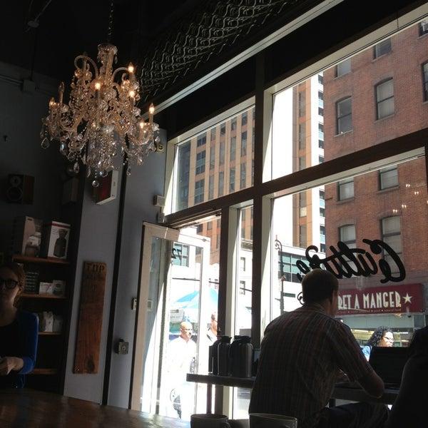 Das Foto wurde bei Culture Espresso von Nami C. am 6/12/2013 aufgenommen