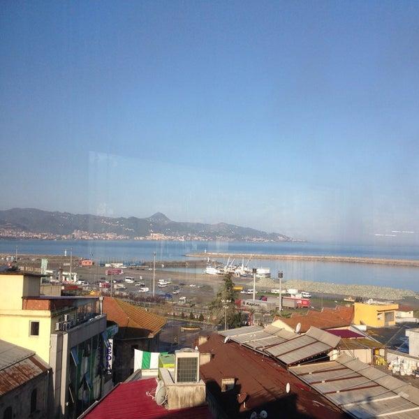 3/19/2014 tarihinde Barbarosziyaretçi tarafından Otel Kit Tur'de çekilen fotoğraf