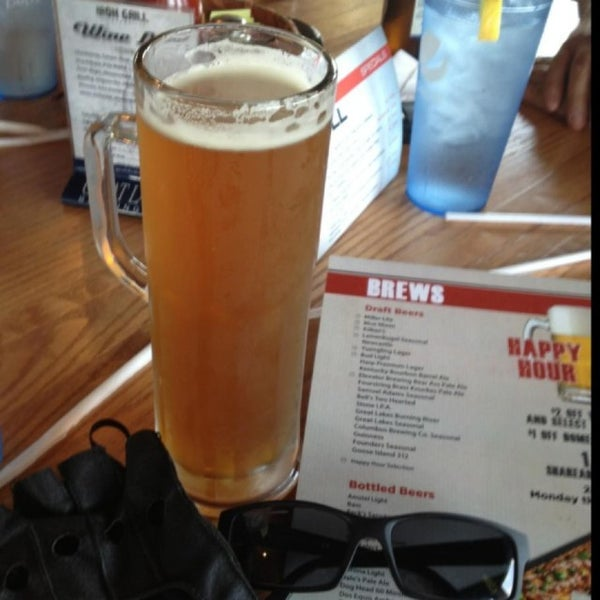 Photo taken at Iron Grill Barbecue and Brew by Jude D. on 5/18/2013