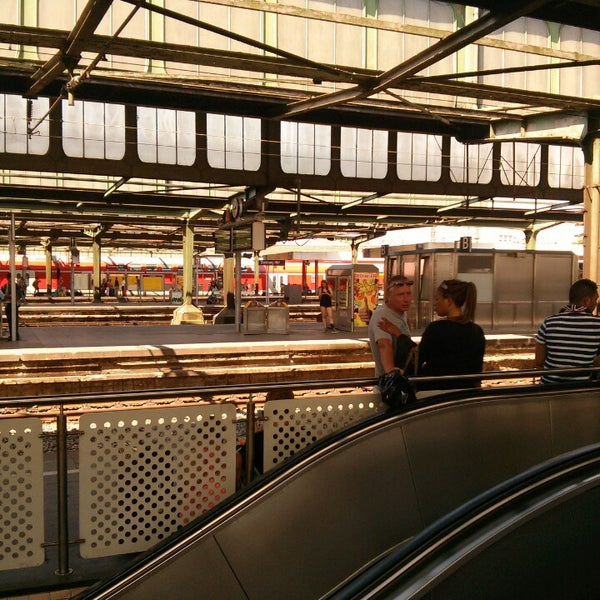 Photo taken at Duisburg Hauptbahnhof by Aurimas G. on 7/22/2013