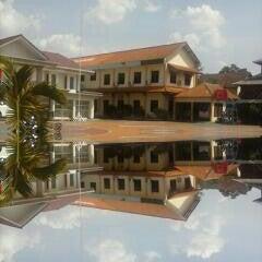 Photo taken at SMA Negeri 4 Semarang by Aldila L. on 11/1/2013