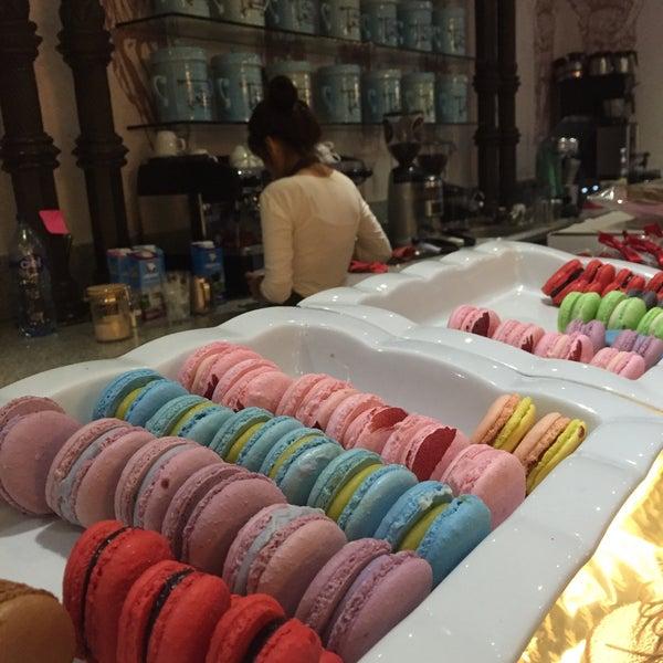 Foto tomada en Maison Paulette Café por Alexa I. el 3/1/2016