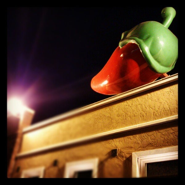 Photo taken at Chili's by Abdullah Y. on 11/25/2012