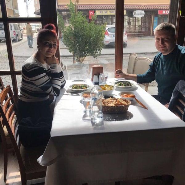 10/24/2017 tarihinde Almıla T.ziyaretçi tarafından Lokmahane Restaurant'de çekilen fotoğraf