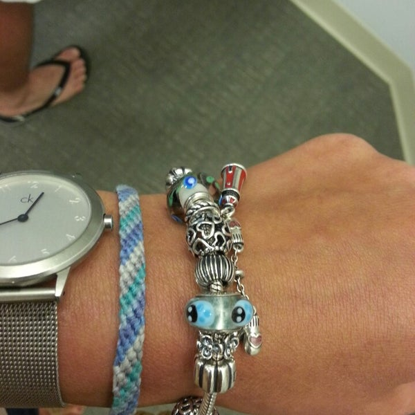Jewelry Store Pandora: Jewelry Store