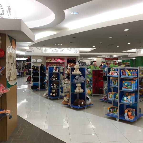 Photo taken at Keris Departement Store by J 짐. on 11/20/2016