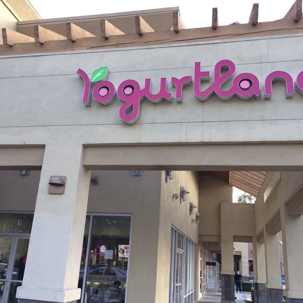 Photo taken at Yogurtland by Tony Z. on 11/4/2013
