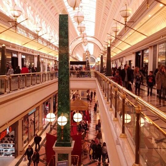 Foto tomada en C.C. Gran Via 2 por Cristian U. el 12/31/2012