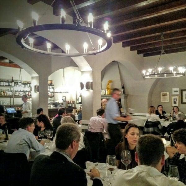 Foto scattata a Trattoria Pizzeria Galleria da Urs B. il 11/23/2015