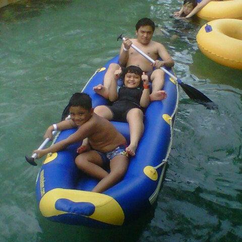 Photo taken at Waterbom Jakarta by Edgar S. on 12/26/2012