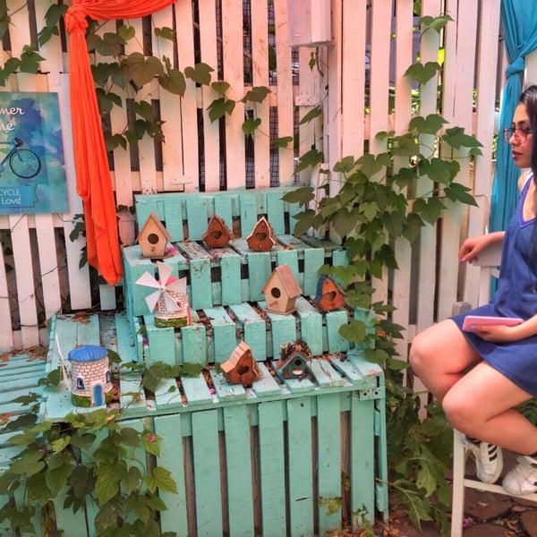 7/22/2017에 Esra B.님이 Büyükada Bistro Candy Garden에서 찍은 사진