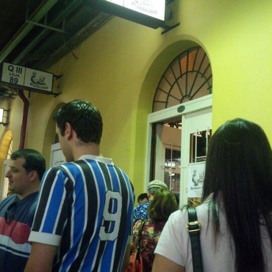 Foto diambil di Gambrinus oleh Fernando M. pada 10/13/2012