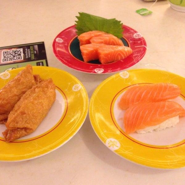 Photo taken at Sakae Sushi by Candice A. on 12/3/2013