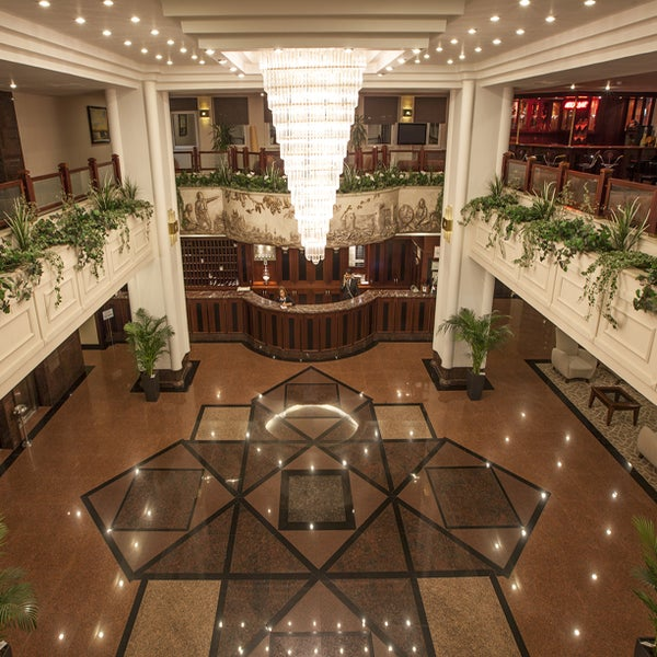 Das Foto wurde bei Grand Hotel Gaziantep von Grand Hotel Gaziantep am 4/12/2016 aufgenommen